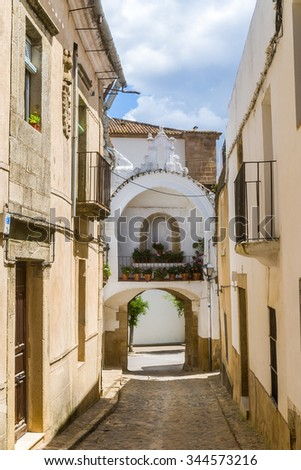streets of the ancient quarter in Alburquerque, Badajoz, Spain