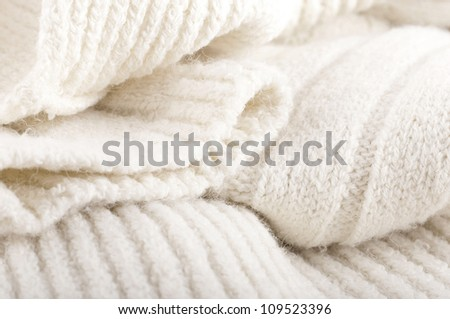 Structure of a woolen fabric, knitted warm things