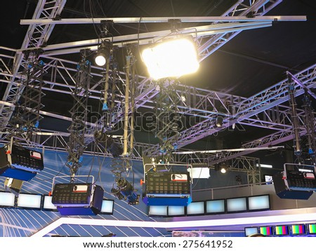 structures of tv studio illumination lights equipment and projectors