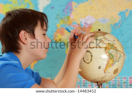 student studies geography