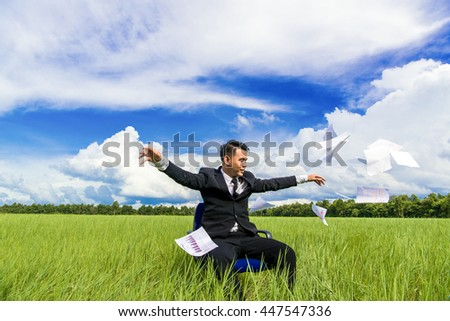 success business man double exposure concept of businessman and city