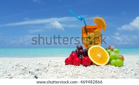 Summer holiday vacation drink on the beach background