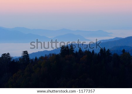 Sunrise above the clouds - Smoky Mountains Nat. Park, USA.