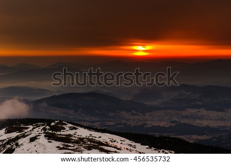 Sunrise on Babia Gora in Polish mountains.