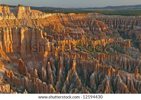 Sunrise on hoodoos from Bryce Point, Bryce Canyon National Park, Utah, USA