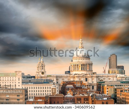 Sunset sky over St Paul Cathedral Dome.
