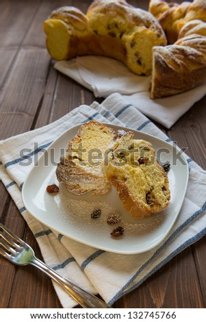 Sweet bread with raisin and honey in a dish
