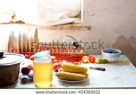 Sweet corn on kitchen table