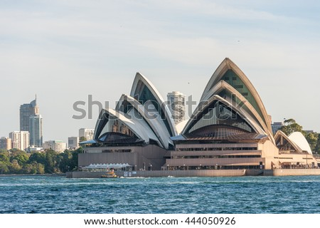 SYDNEY, AUSTRALIA - NOVEMBER 17, 2014: Sydney Harbour With Business district. Cityscape