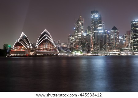 SYDNEY, AUSTRALIA - NOVEMBER 26, 2014: Sydney Opera House. Long Exposure. Flowing Sky. Australia