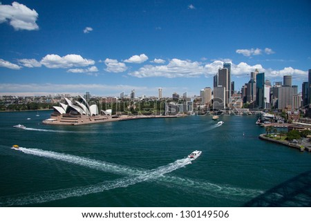 SYDNEY, NSW/AUSTRALIA-OCTOBER 16 : Opera house on October 16, 2009 This building is the landmark of Sydney city and Australia located in Sydney harbour. - stock photo