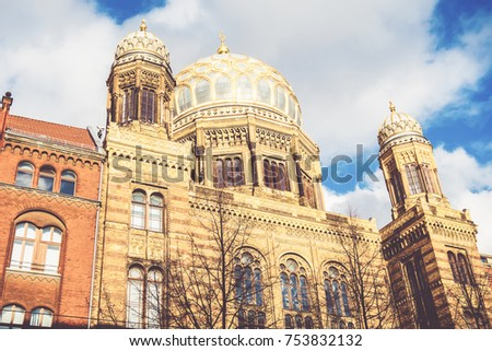 synagogue in the heart of berlin