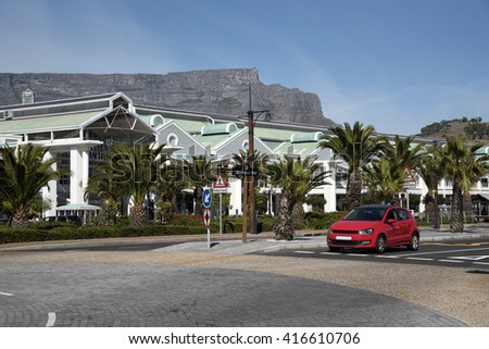 TABLE MOUNTAIN CAPE TOWN SOUTH AFRICA - 2016 - Table Mountain Cape Town overlooking the Waterfront development on Cape Town harbour