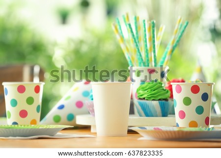 Table Setting Plastic Ware Summer Picnic Stock Photo (Download Now) 637823335 - Shutterstock & Table Setting Plastic Ware Summer Picnic Stock Photo (Download Now ...