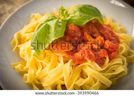 Tagliatelle with meat and tomato sauce