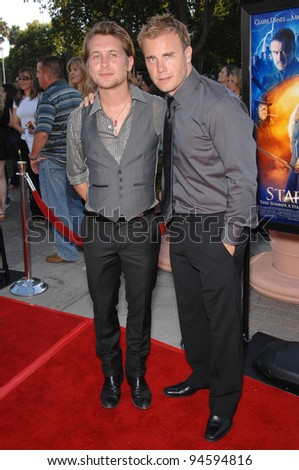 """Take That stars Mark Owen (left) & Gary Barlow at the Los Angeles premiere of """"Stardust"""" at Paramount Studios, Hollywood. July 30, 2007  Los Angeles, CA Picture: Paul Smith / Featureflash - stock photo"""