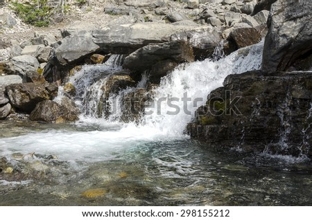 Tangle Creek Falls sulla Icefield Parkway in Canada - stock photo