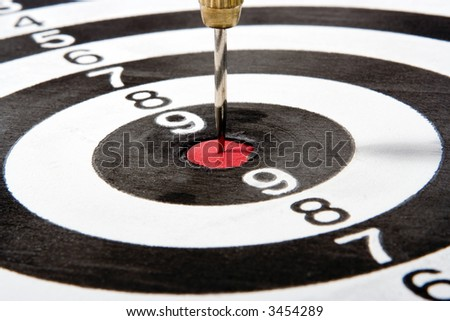 target with arrow  and numbers