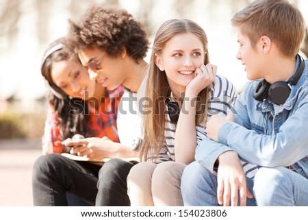 Teens: Do boys or girls make better friends?