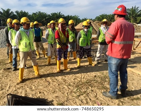 safety and health requirements in malaysian construction construction essay 1 (1) this act may be cited as the occupational safety and health act 1994 (2) subject to subsection (3), this act shall apply throughout malaysia to the industries specified in the first schedule.