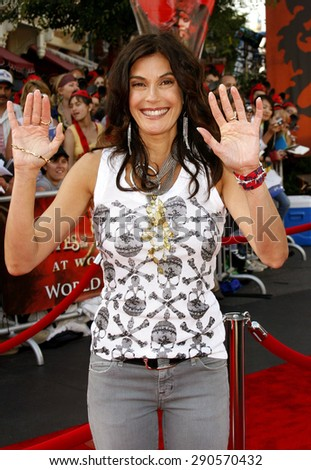 "Teri Hatcher attends the World Premiere of ""Pirates of the Caribbean: At World's End"" held at Disneyland in Anaheim, California on May 19, 2007."