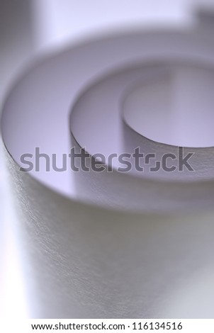 Textured paper roll with thin focus play