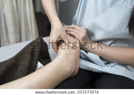 Thai massage series : Leg and foot massage