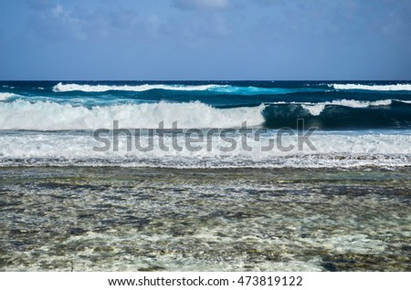 The beautiful and crystalline sea of San Andres.