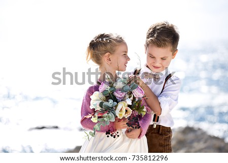 the bride and groom small children on the seashore - Pics Of Small Children