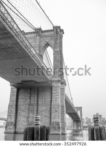 The Brooklin Bridge in New York, USA in black and white