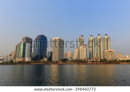 The buildings and structures in the beautiful city, Public park, Clear sky