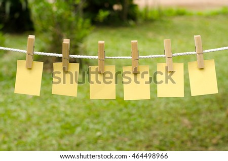 The clothespin with paper notes.Use for additional letters.