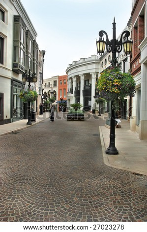 The cobblestone street of Via Rodeo in Beverly Hills California.