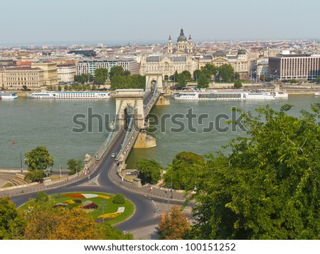 The famous Chain Bridge across the Danube in Budapest, Hungary, Europe - stock photo