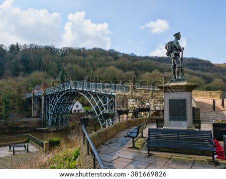 The first cast iron bridge at ironbridge, shropshire birthplace of industrial revolution - stock photo
