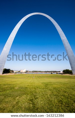 The Gateway Arch in St. Louis, Missouri.  - stock photo