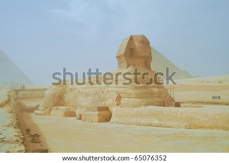 The Great Sphinx of Giza, with the Pyramid of Khufu in the background - Sphinx - Giza - Egypt