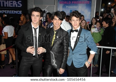 The Jonas Brothers at the Los Angeles Premiere of 'Jonas Brothers the 3D Concert Experience'. El Capitan Theatre, Hollywood, CA. 02-24-09
