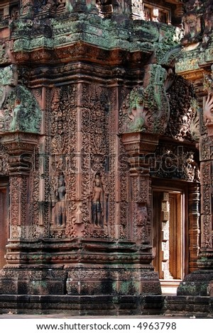 The mandapa with carving at Banteay Sreiz, Cambodia