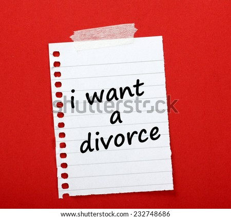 The phrase I want a Divorce written on a lined paper note taped to red notice board - stock photo