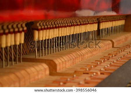 the rhythm of piano detail