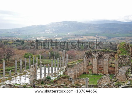 The ruins of a magnificent city at Aphrodisias. A city devoted to art, architecture and beauty and blessed with plenty, prosperity, and with accomplished interest in art and culture..
