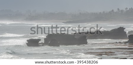 the sea in tanah lot