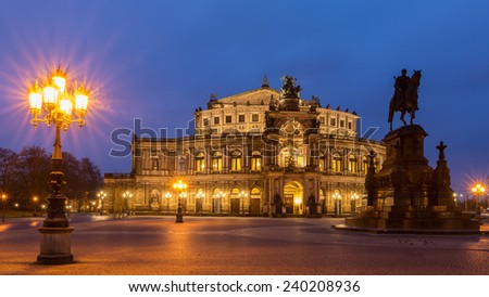 the Semperoper of Dresden at nightfall