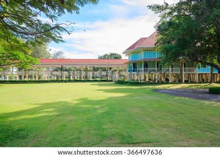 the summer palace of the king at Hua Hin - Cha Am in Thailand : Love and Hope Palace