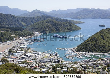 The view of Picton resort downtown (New Zealand).