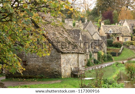 The Weavers cottages of Arlington Row / A view of the row of old weavers cottages at Arlington Row in the cotswolds