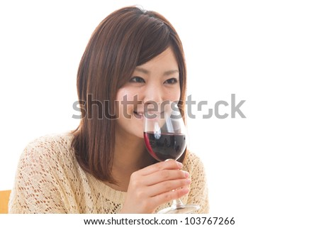 The young woman who drinks wine