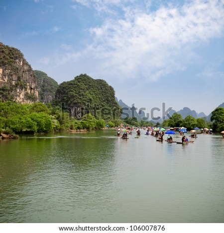 the yulong river rafting in yangshou,China