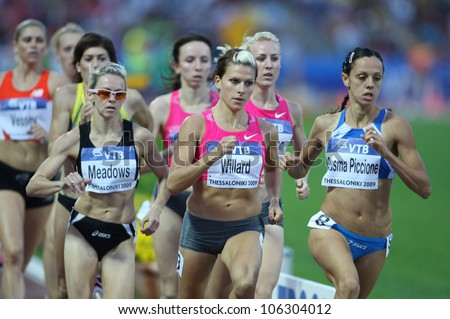 THESSALONIKI, GREECE - SEPT 12:Athletes compete the women's 800m final at the IAAF 2009 World Athletics Final on September 12, 2009 in Kaftatzoglio stadium,Thessaloniki,Greece